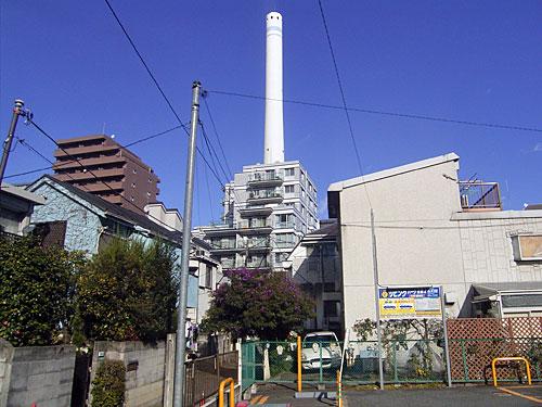目黒清掃工場の煙突