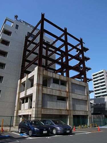 建築途中放置物件(三田)
