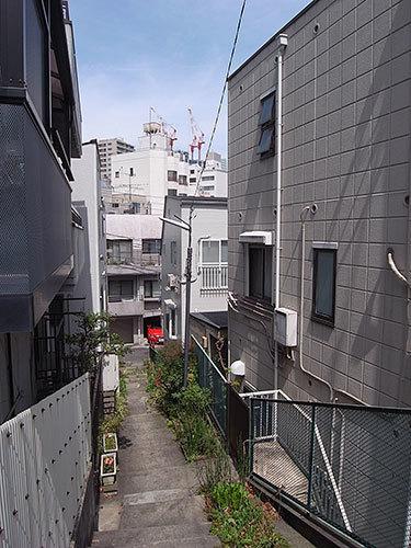 麻布台の階段路地