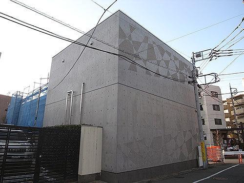 窓のない家(用賀)