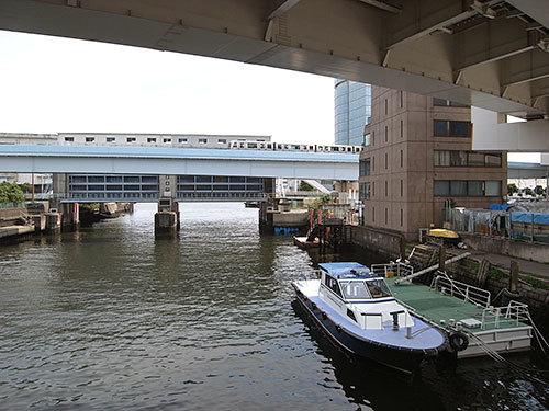 芝浦東運河(日の出橋から)