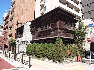 芝浦1丁目の木造建築