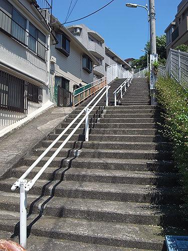 東雪谷5丁目の階段