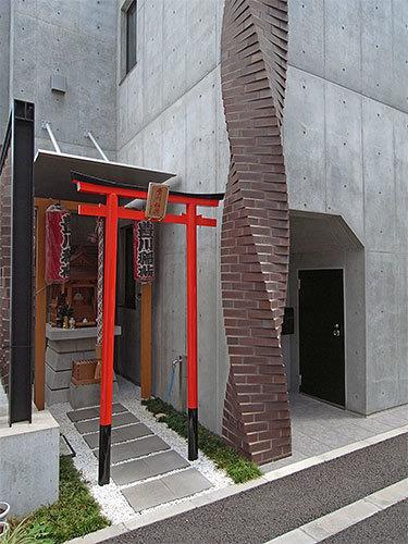 豊川稲荷神社(神田錦町)