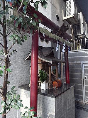 於満稲荷神社(日本橋)