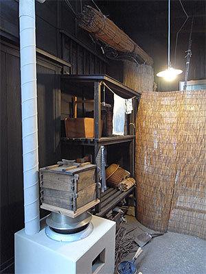昭和のくらし博物館の台所裏