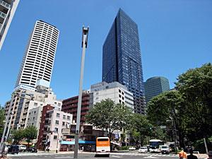 ラ・トゥール新宿とコンシェリア西新宿