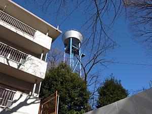 桜上水団地の給水塔