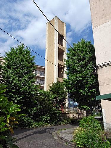 都営青山北町アパートの給水塔