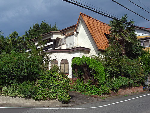 三角屋根の家(久が原)