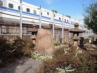 井上勝のお墓