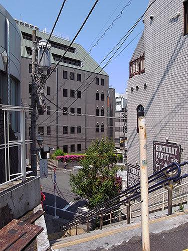 恵比寿南1丁目の階段
