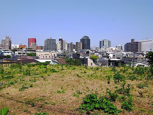 神山町の空地