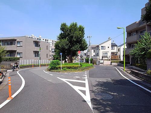 葦毛塚(五本木)