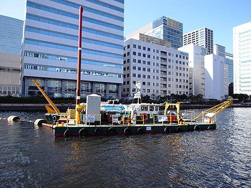 しゅんせつ船(高浜運河)